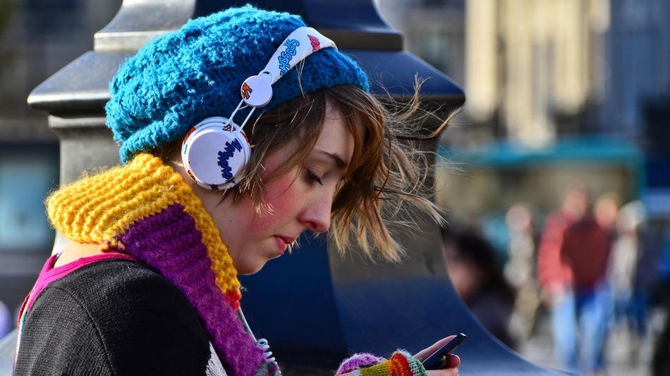 Color-headphones